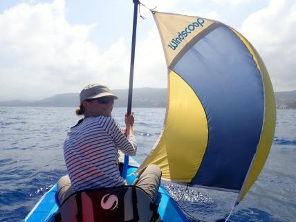 Spi de kayak !!! Merci Philippe et Nadine (nos bretons) pour ce riche cadeau multi-usages !
